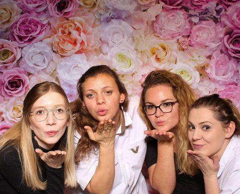 bloemenmuur verhuur flowerwall photobooth